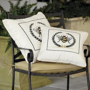Soft Bee Chair Cuchions for the Garden - Summer Garden Party and Fun Ideas, Tips and Examples