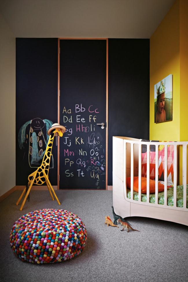 Black Board Wall in Kids room - Fresh Interior Design Ideas and Tips