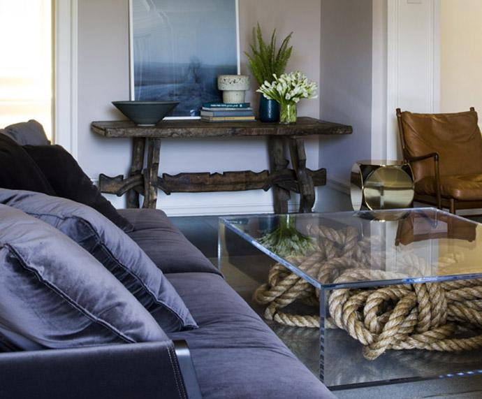 Cubic glass living room table - Rustic Interior Decoration Ideas with Ropes