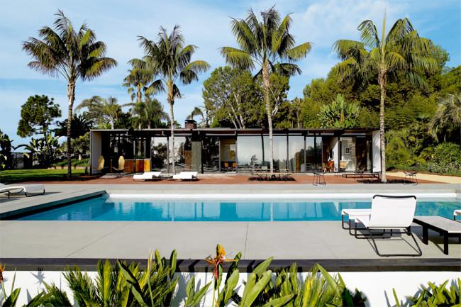 Outdoor pool in a Dream Beach House in Miami in Mid-Century Modern Style