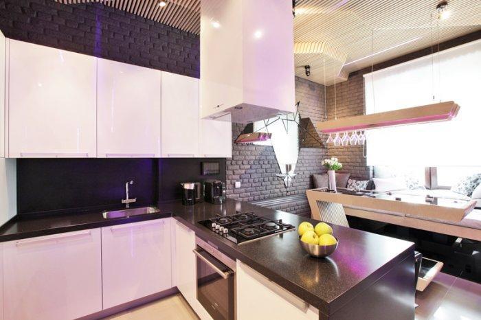 Modern Small kitchen interior design by Geometrix