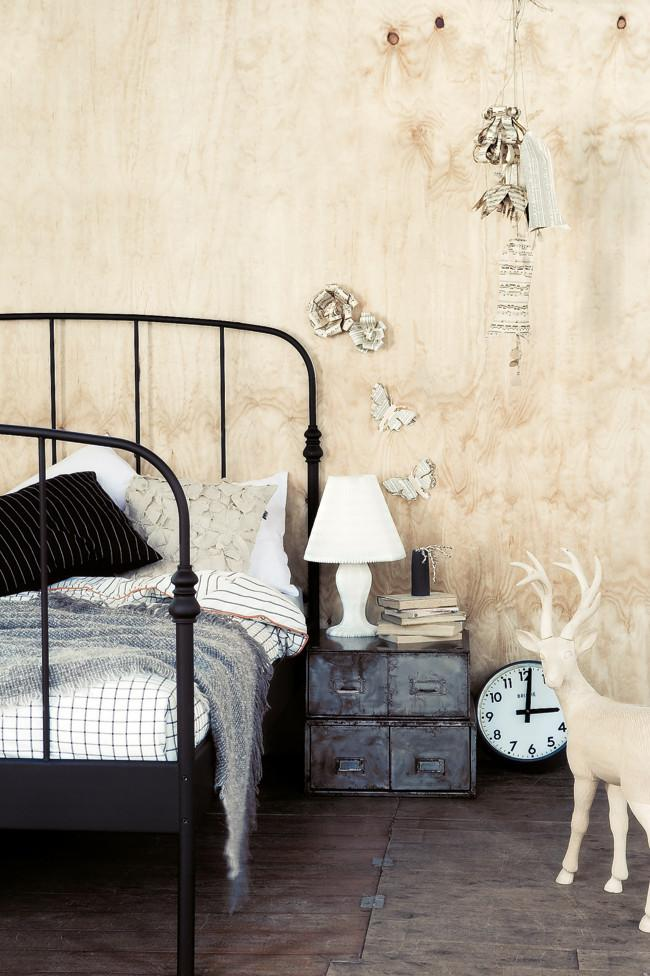 Old vintage bed and night drawer - Amazing Home Decorating Style Trends and Ideas