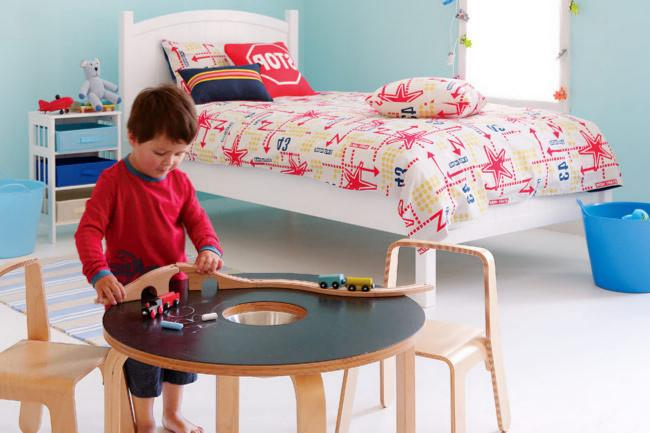 Small table and chairs set in kids room - Fresh Interior Design Ideas and Tips