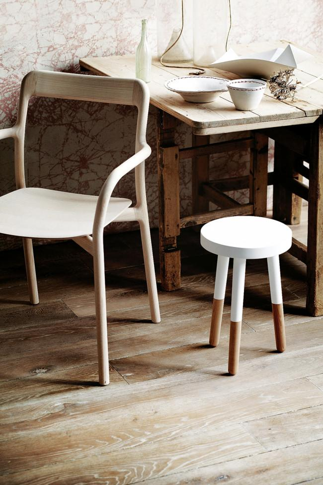Wooden chairs and old table - Amazing Home Decorating Style Trends and Ideas