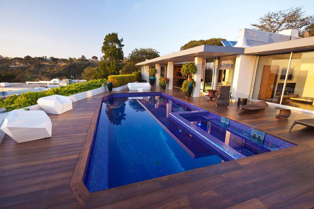 Beverly Hills One Story House designed by studio Jendretski
