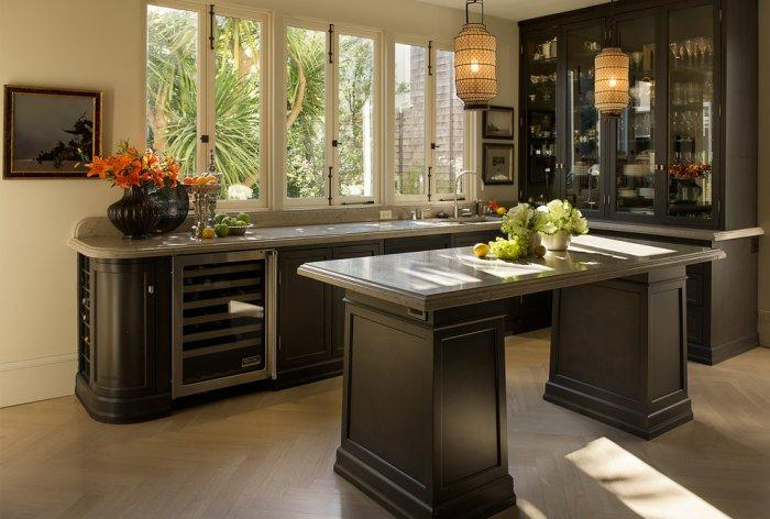 Classical luxury kitchen in dark colors in Ashbury Heights, San Francisco