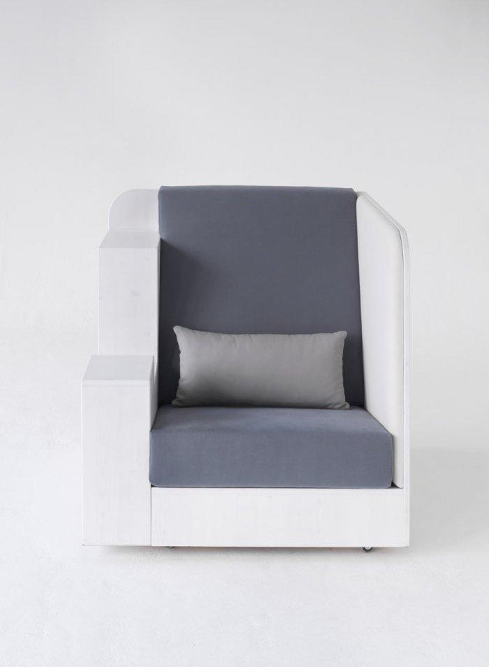 An Extraordinary Comfortable designer armchair by Quiet and Call