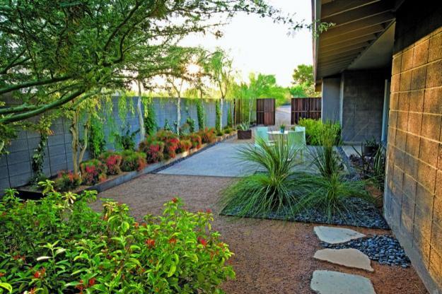 Garden Landscape Ideas from a Mountain House in Arizona ... on Mountain Backyard Ideas id=83392