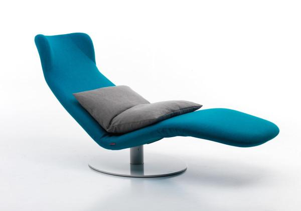 Adjustable Futuristic Lounge Chair Design by Mussi