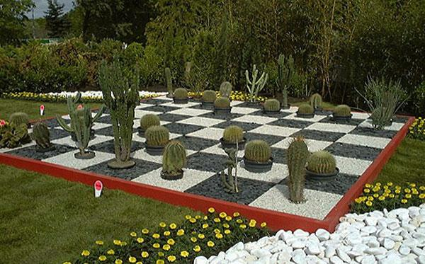 Chess field - Contemporary Garden Design Ideas for Summer 2013
