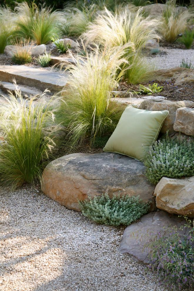 Garden home design - Contemporary Garden and Patio Furniture Arrangement Ideas