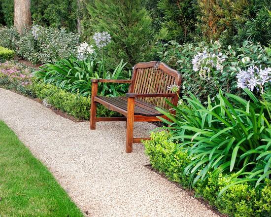 Garden wooden bench - Classical Garden Decoration Ideas from a Real Estate