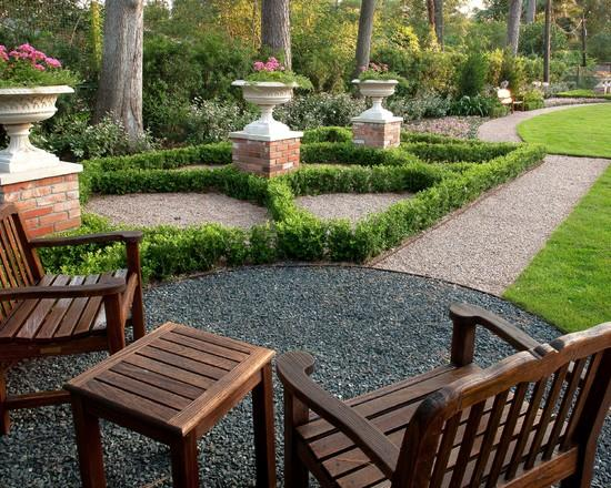 Garden wooden sitting furniture - Classical Garden Decoration Ideas from a Real Estate