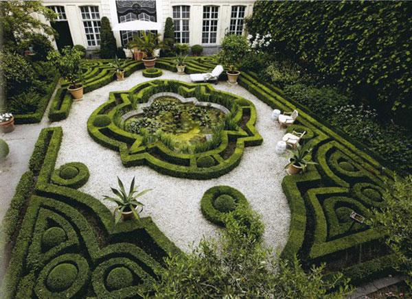 Home labyrinth - Contemporary Garden Design Ideas for Summer 2013