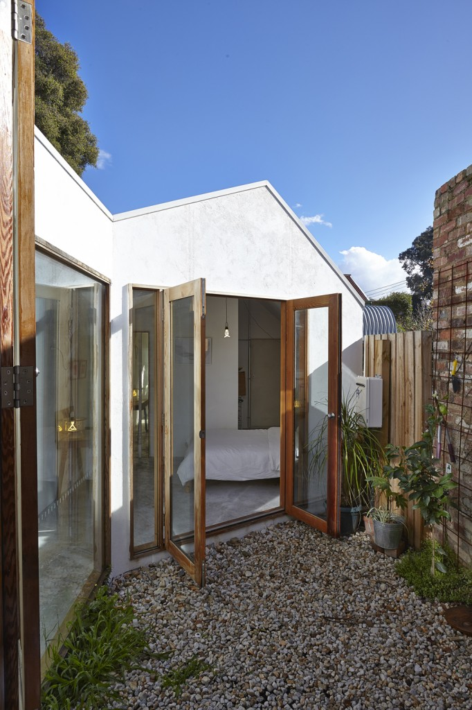 House with contemporary architecture and Functional Small spaces