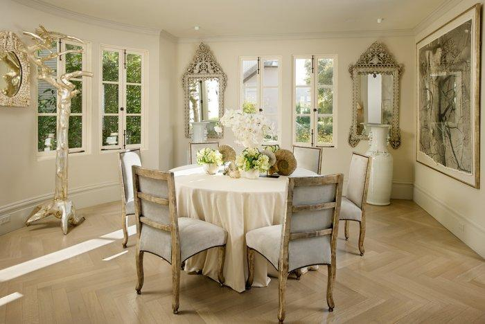 Luxury dinner table for six in Ashbury Heights, San Francisco