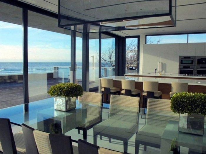 Luxury dining room with splendid view over the Atlantic Ocean - Two Story Coastal House