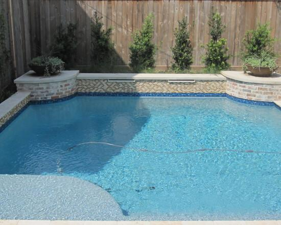 How to Place a Luxury garden swimming pool in a Small Yard