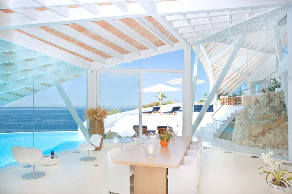 Luxury Spanish Mediterranean Villa in Mallorca – The interior.