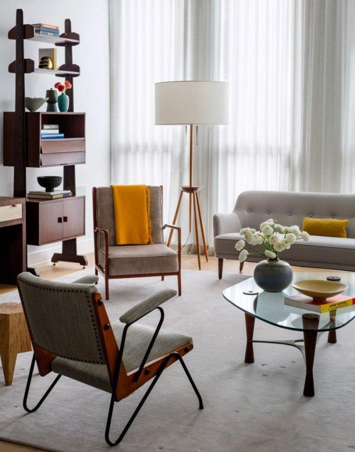 Elegant Modern Furniture In Contemporary Moderate Family Apartment In Manhattan,  New York