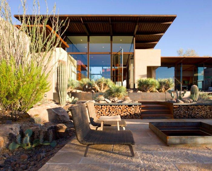 12 Pivot Doors Leading to Outdoor Patios Examples