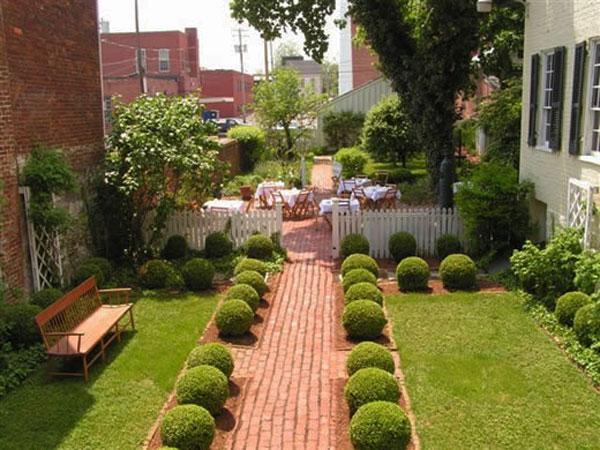 Small backyard path - Contemporary Garden Design Ideas for Summer 2013