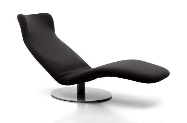 Adjustable and stylish black Lounge Chair Design by Mussi