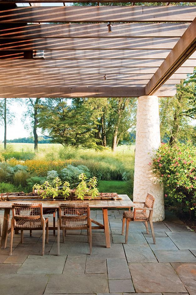 Sustainable exterior design with Beautiful Outdoor Garden Areas