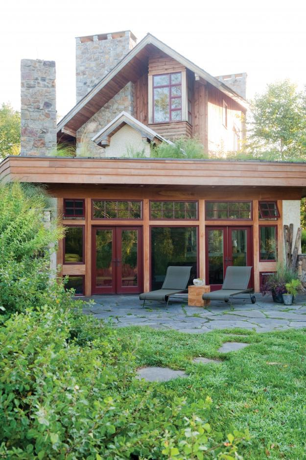 Sustainable House Design with Beautiful Outdoor Garden Areas