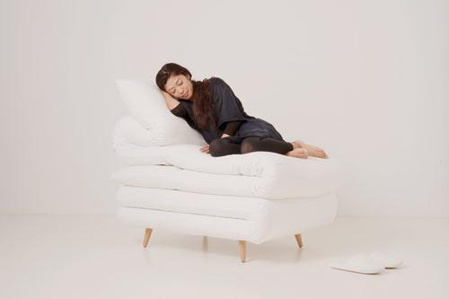 White comfortable chair made of pillows - Exciting and Creative Sitting Furniture Design Examples