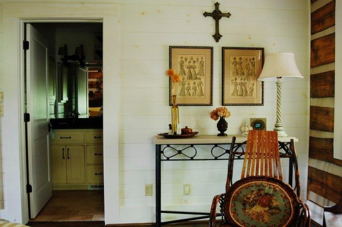 Bathroom attached to the master bedroom - The Rustic Interior Design of a Mountain Log Cabin in Alabama
