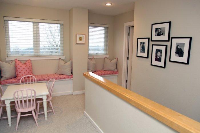 Cozy girlish bedroom - Modern Family Home in Portland, Oregon