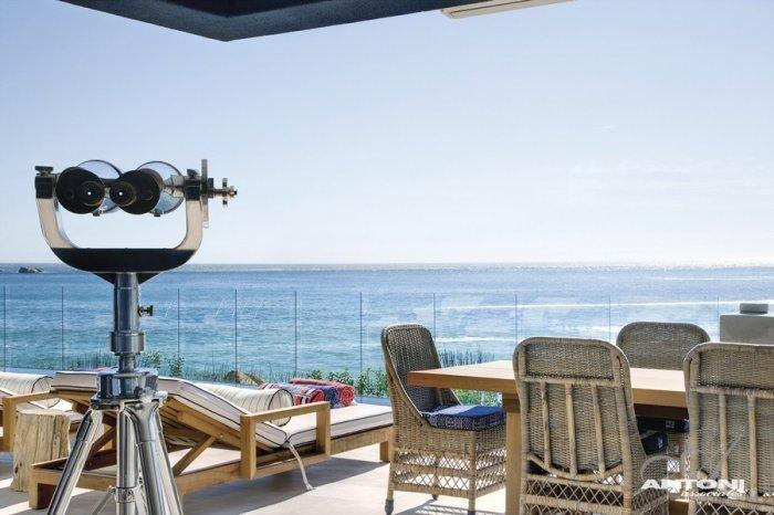 Luxury terrace with ocean overview - Impressive Minimalist Beachfront Apartment by ANTONI ASSOCIATES