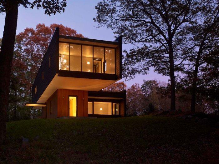 Modern and stylish designer home by Chan-Li Lin