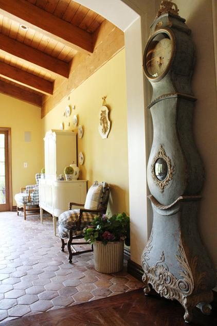 Old Gustavian pendulum clock - Ideas and Examples