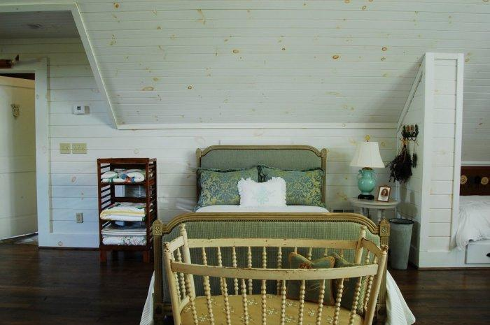 Old rustic baby crib - The Rustic Interior Design of a Mountain Log Cabin in Alabama