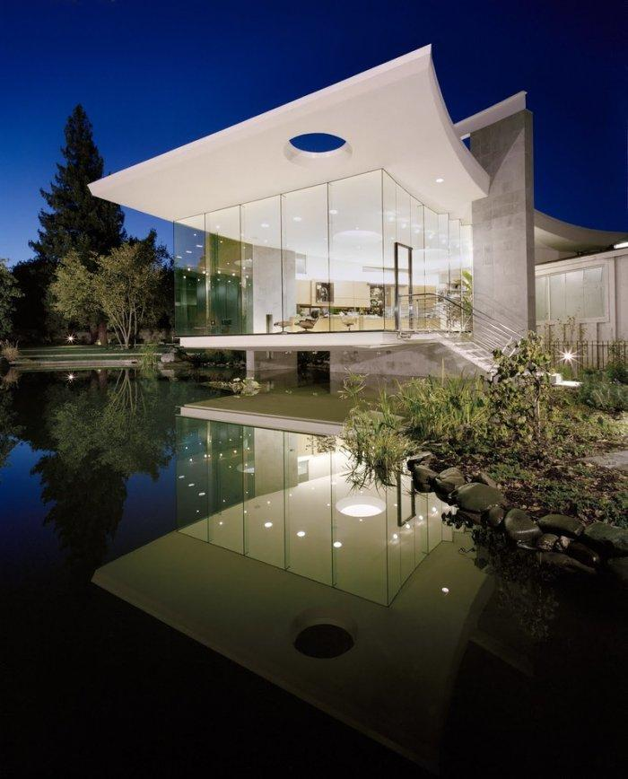 """Stylish contemporary house by Mark Dziewulski - Concept of Earth Living in """"Oblivion"""""""