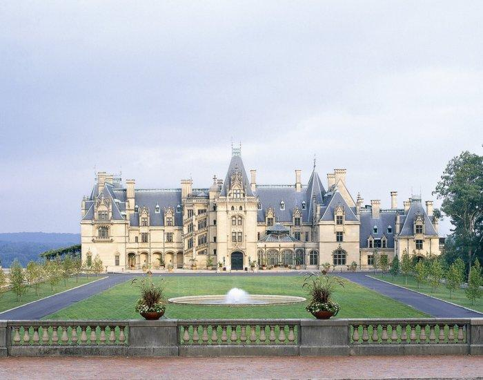 Biltmore - French Style Château Architecture - 14 Amazing Houses