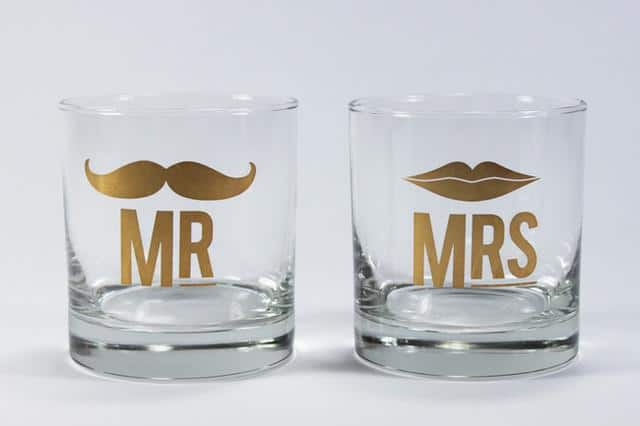 Cocktail Glass Set For Couples - 20 Lovely Low-Cost Home Decor Accessories