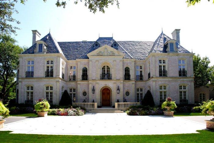 French eclectic mansion Architecture - 14 Amazing Houses