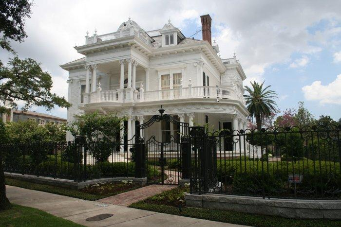 This Is The Related Images Of What Victorian Style House