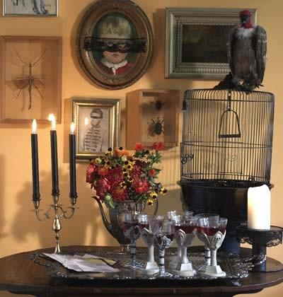 Candles and creepy wine glasses - Spooky Halloween Ideas for Scary Interior Decorations