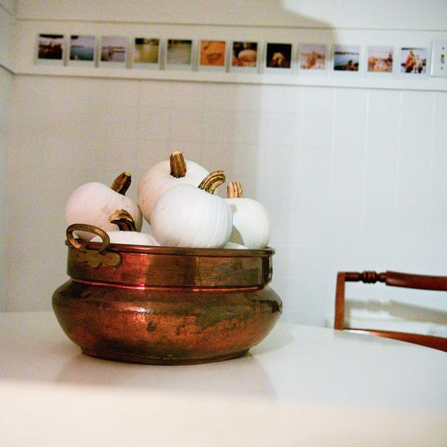 Copper ball full of small decorative pumpkins - 36 Ideas for Your Home