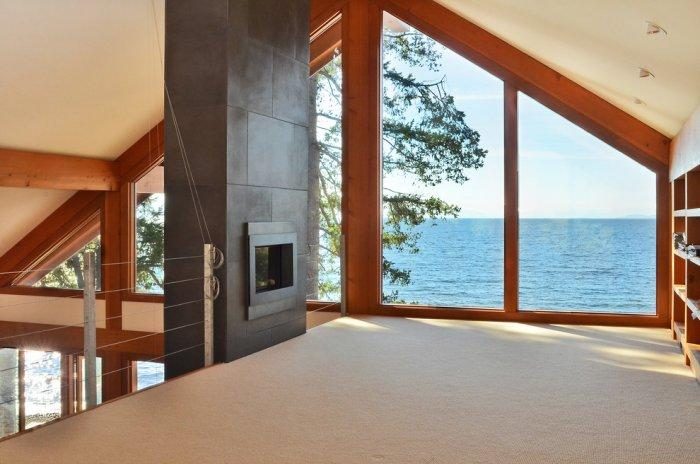 Enjoy the Pacific form the second floor while reading a book - The Dream Coastal House With Heavenly Ocean Views