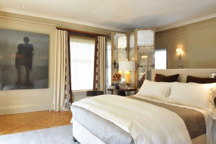 Freestanding screens used as bedroom decoration - 8 Ideas for a Cozy Home