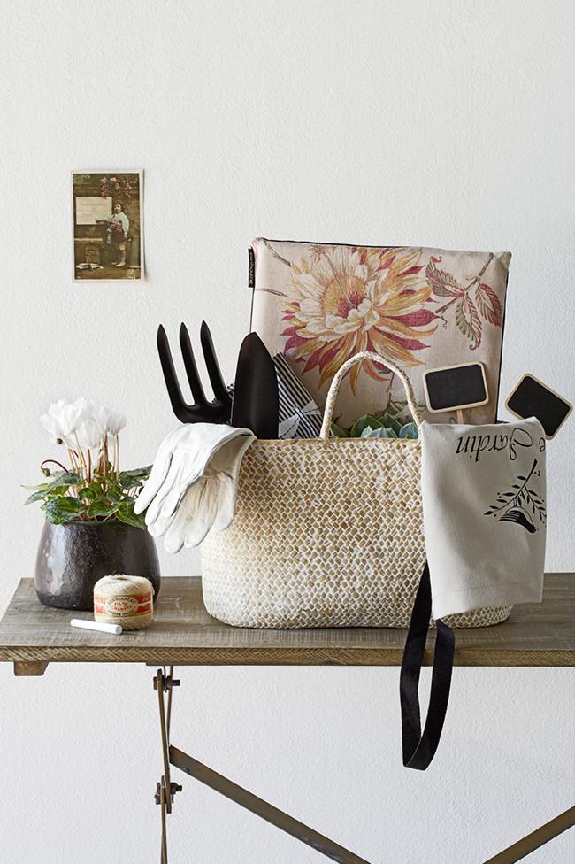 Gardening Items Storage Basket - Fresh Home Decorating Ideas