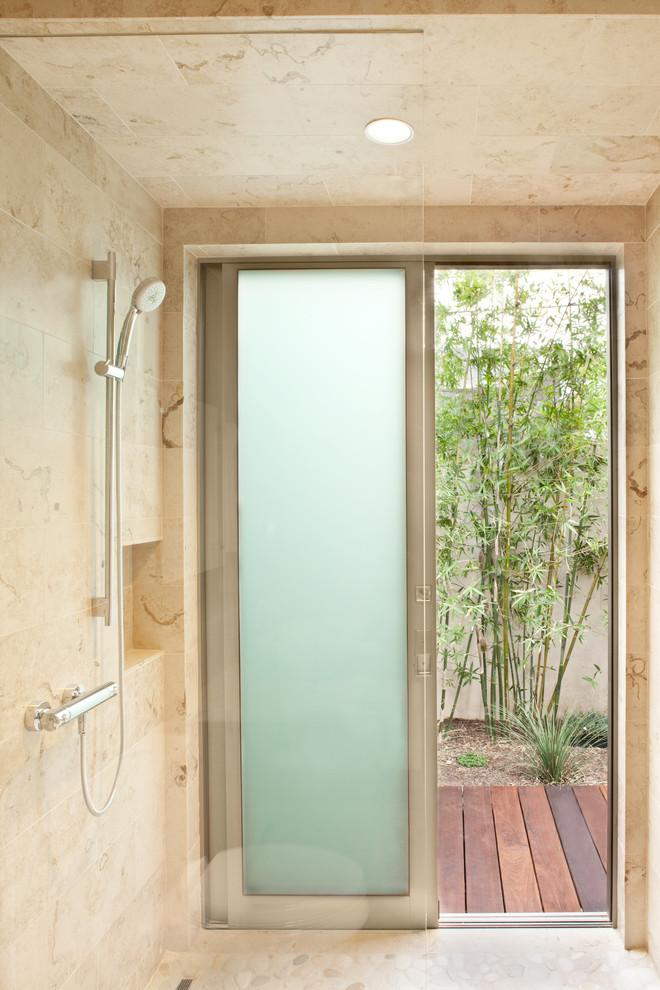 Luxury bathroom with private courtyard - High-End Ecofriendly Luxury House in Montecito, California
