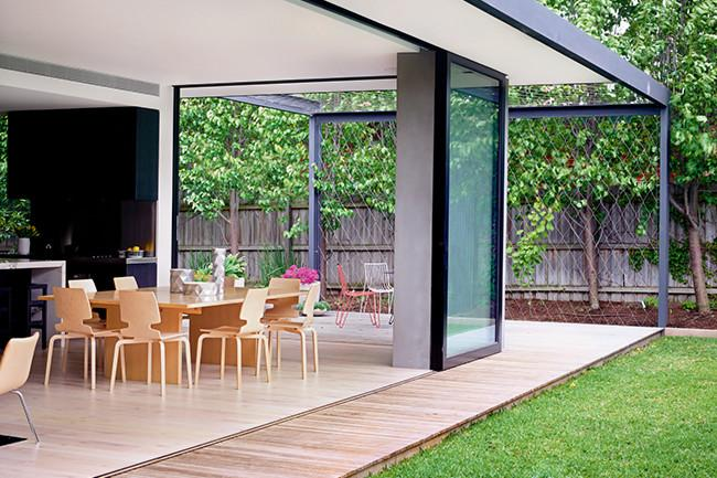 Open plan dining room with glass sliding doors - 8 Interesting Decoration Ideas