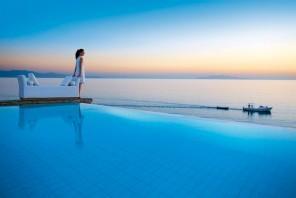 The Paradise Seaside Mediterranean Villa in Mykonos, Greece
