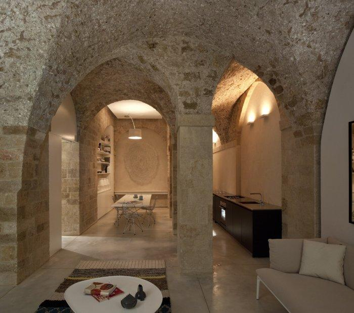 The ancient atmosphere can be felt all over the globe. - Spectacular Ancient Seaside Penthouse in Tel Aviv